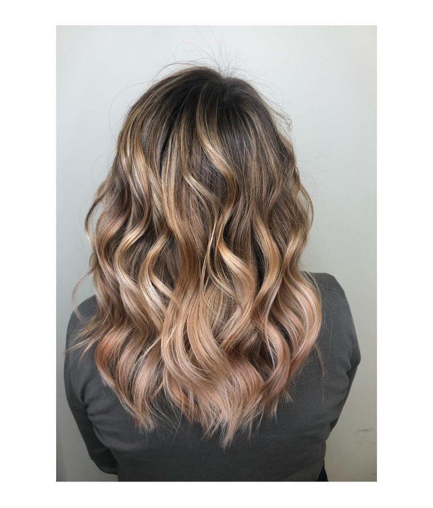 balayage na smeđoj kosi