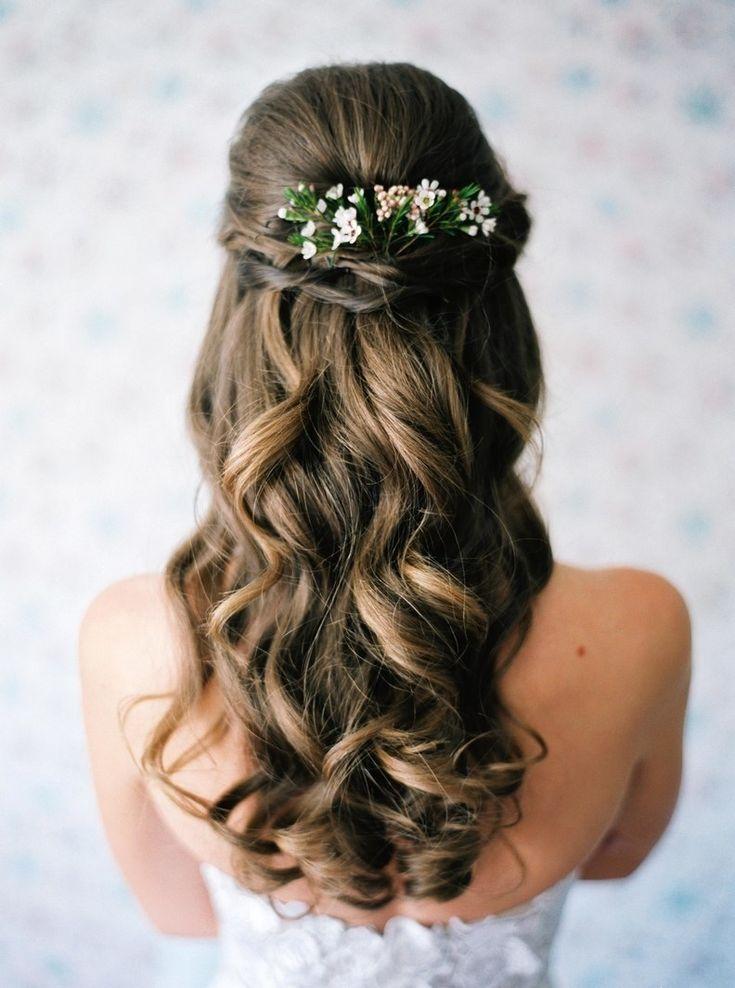 Frizure-za-venčanje-sa-krupnim-loknama2